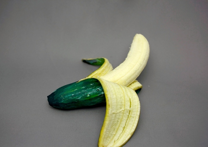 foods painted to look like other foods by hikaru cho  (2)